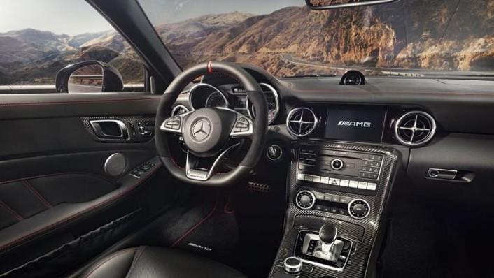 Mercedes-Benz SLC AMG (2019) Interior 001