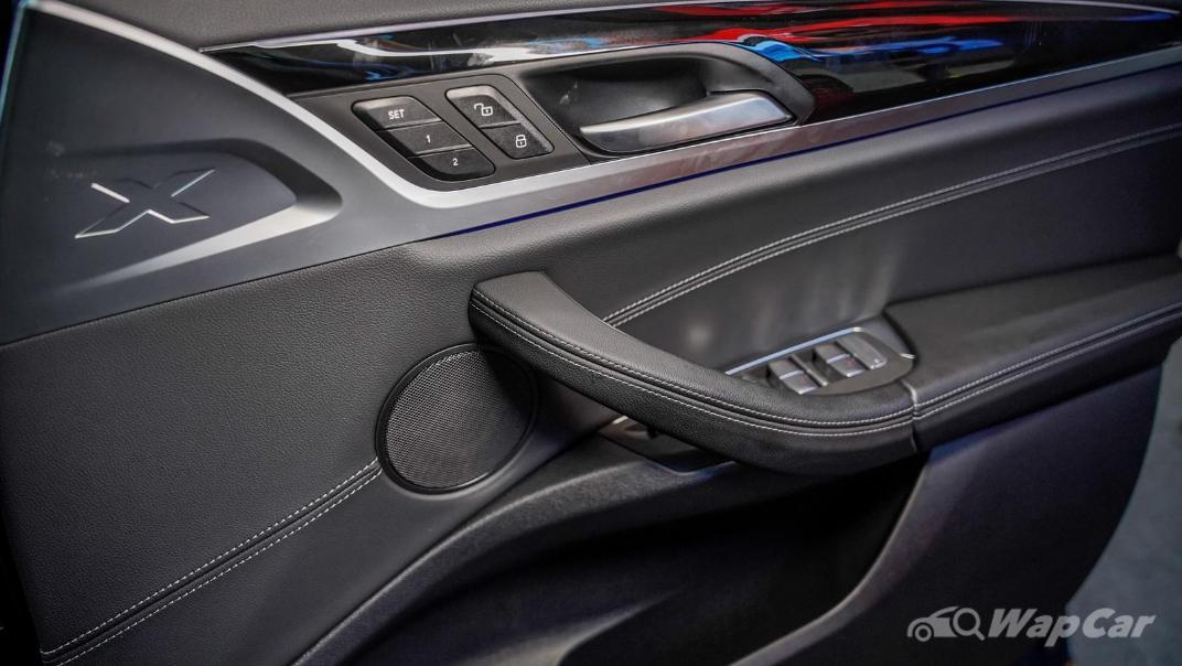 2021 BMW X3 sDrive20i Interior 008