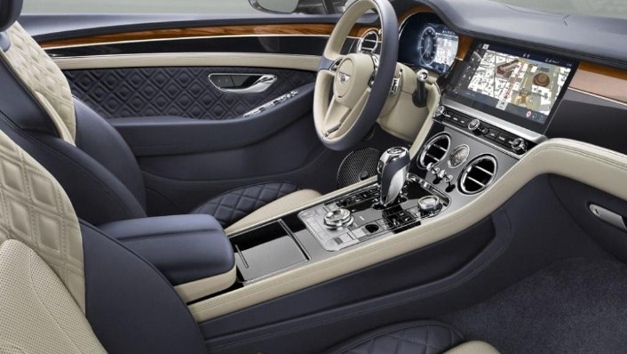 Bentley Continental (2019) Interior 001