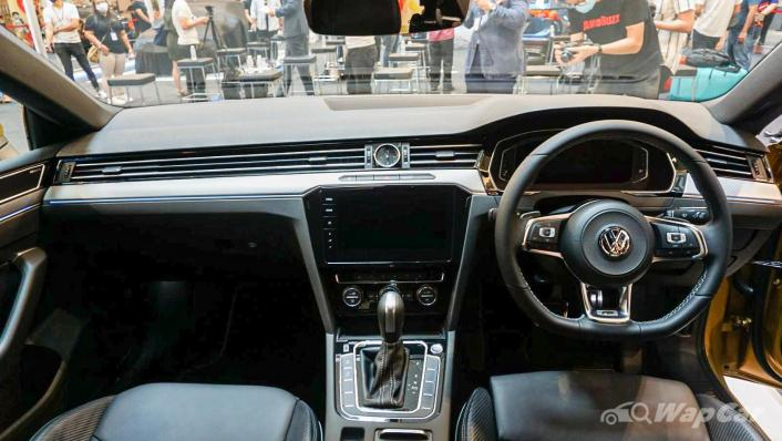 2020 Volkswagen Arteon 2.0 TSI R-Line Interior 002