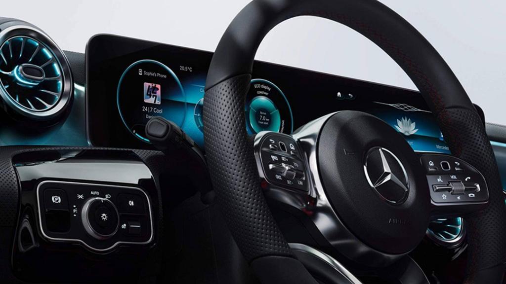 Mercedes-Benz A-Class (2019) Interior 002
