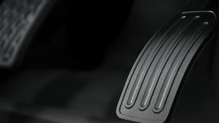 2020 Nissan Terra International Version Interior 008