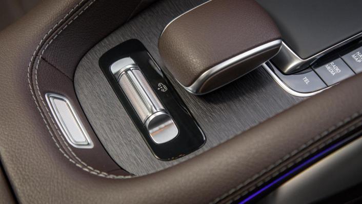 2020 Mercedes-Benz GLS 450 4Matic Interior 008