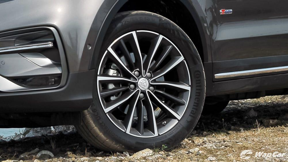 How much does Proton X70's 19-inch tyres cost? 01