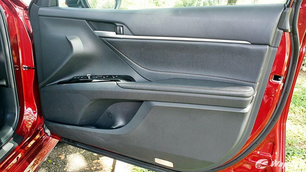 2019 Toyota Camry 2.5V Interior 109