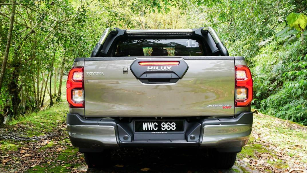 2020 Toyota Hilux Double Cab 2.8 Rogue AT 4X4 Exterior 064