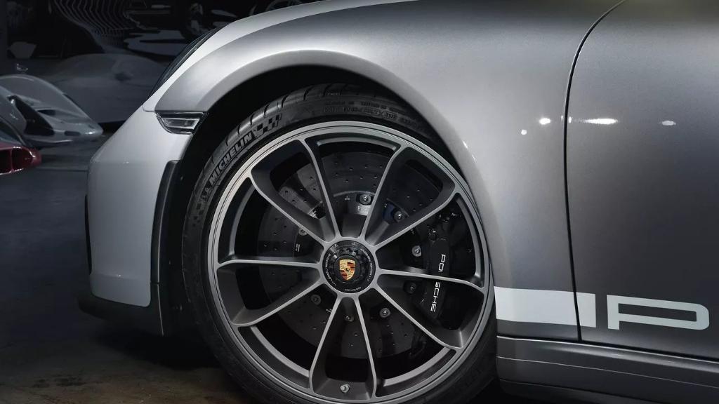 2019 Porsche 911 911 Speedster Exterior 003