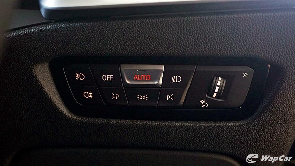 2020 BMW 3 Series 320i Sport Interior 045