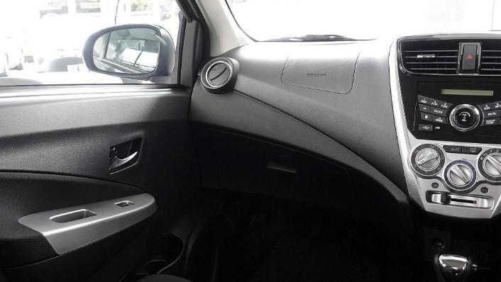 2018 Perodua Axia SE 1.0 AT Interior 005
