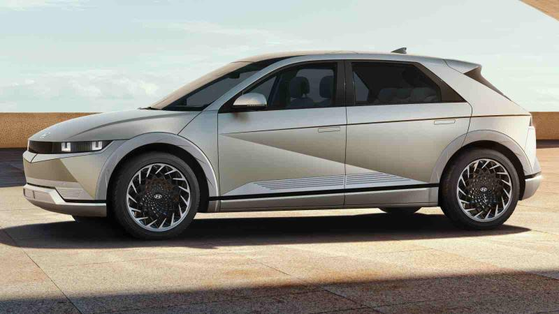 To be assembled in Singapore, RWD Hyundai Ioniq 5 makes world debut with solar roof 02