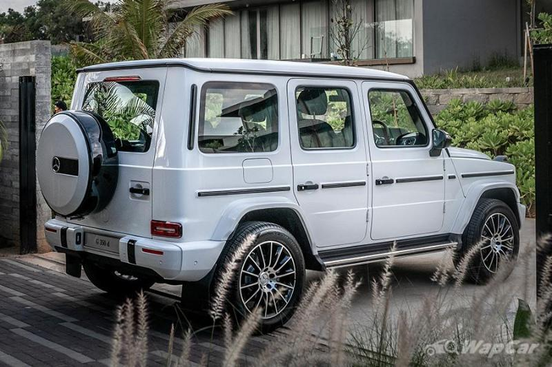 Here's how the Mercedes-Benz G-Class went from army general to a plaything for the rich 02