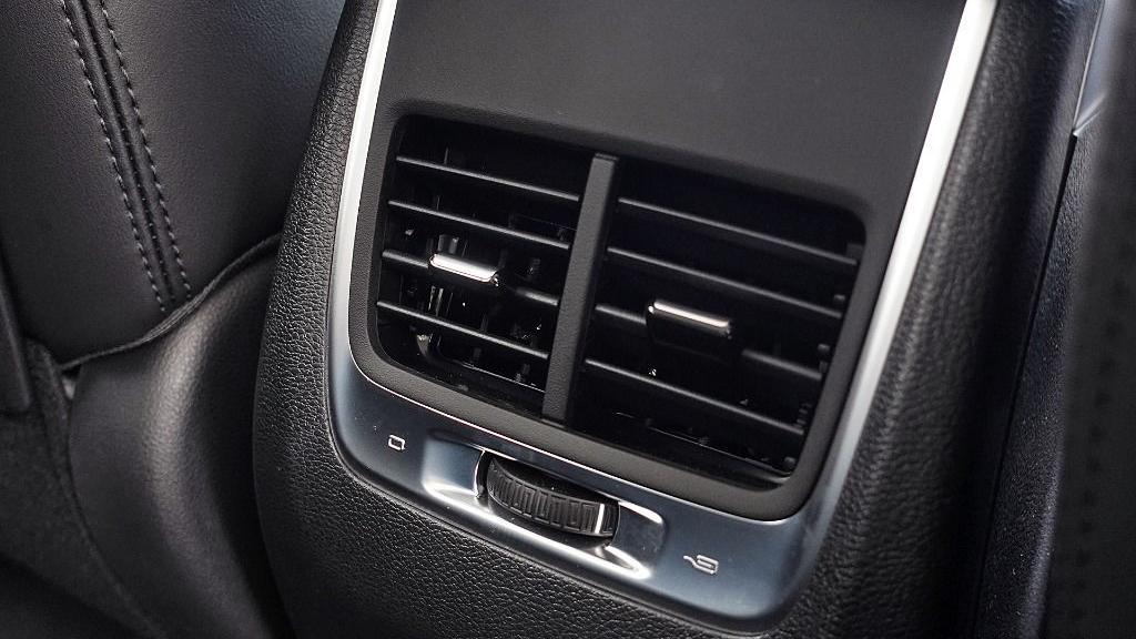 2018 Proton X70 1.8 TGDI Executive AWD Interior 053