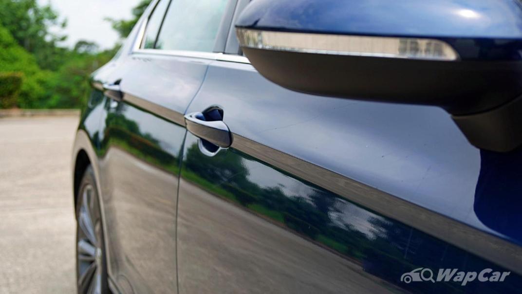 2020 Volkswagen Passat 2.0TSI Elegance Exterior 017
