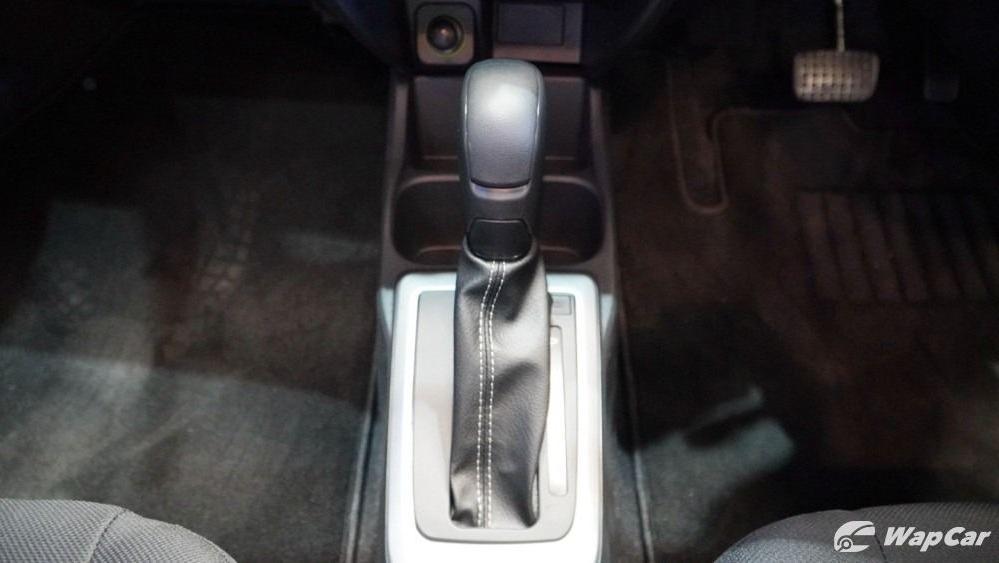 2020 Perodua Bezza 1.0 G (M) Interior 010