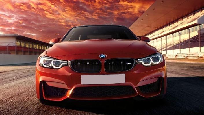 BMW M4 Coupe (2019) Exterior 002