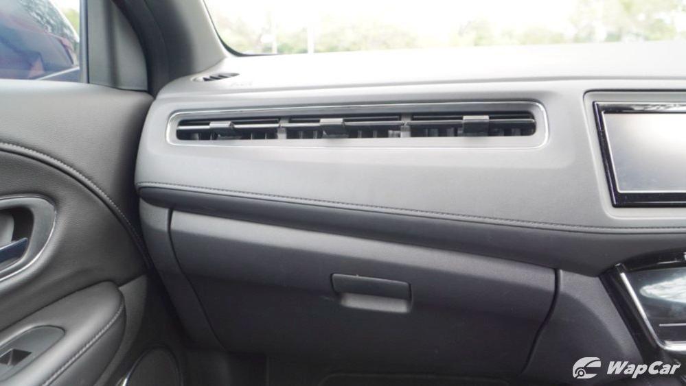 2019 Honda HR-V 1.8 RS Interior 018