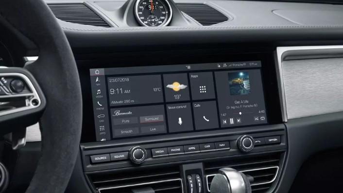 Porsche Macan (2019) Interior 003