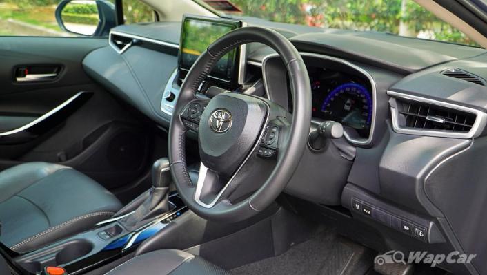 2020 Toyota Corolla Altis 1.8E Interior 002