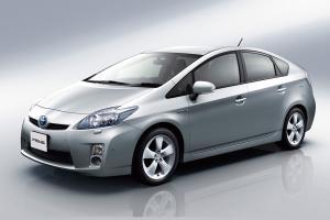 Panduan kereta terpakai: Toyota Prius, Honda Insight, Camry Hybrid kini berharga serendah RM 40,000 sahaja?