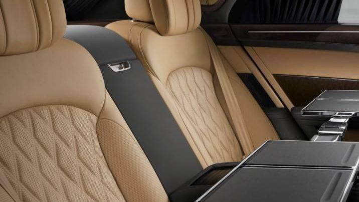 Bentley Mulsanne (2017) Interior 011