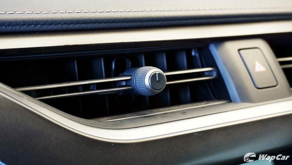 2020 Lexus UX 200 Urban Interior 019