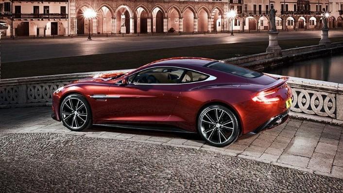 Aston Martin Vanquish (2018) Exterior 007