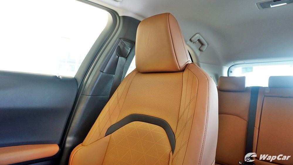 2020 Lexus UX 200 Luxury Interior 053