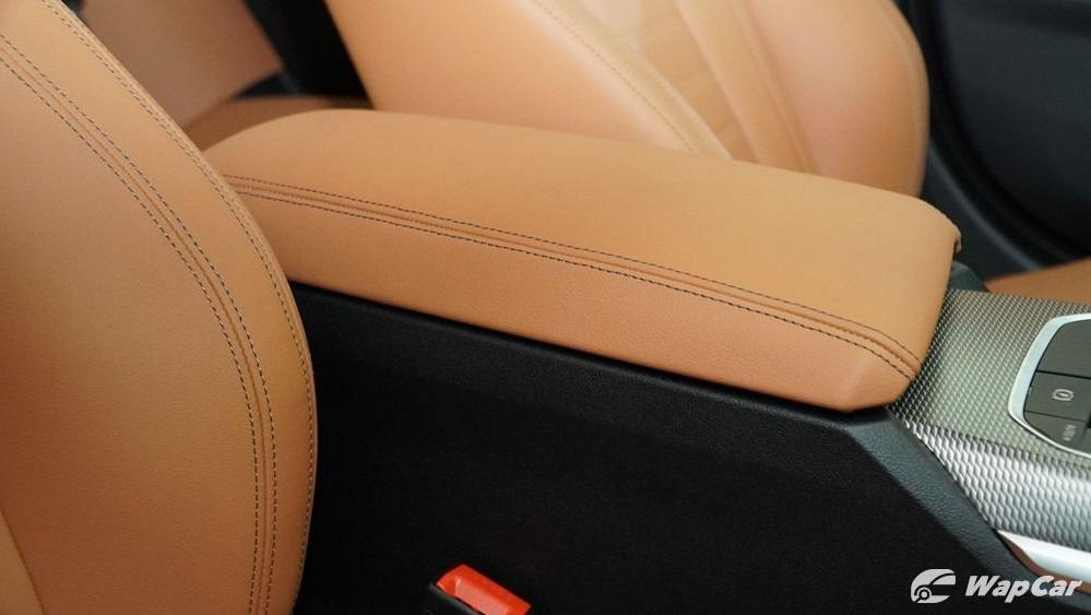 2019 BMW 3 Series 330i M Sport Interior 051