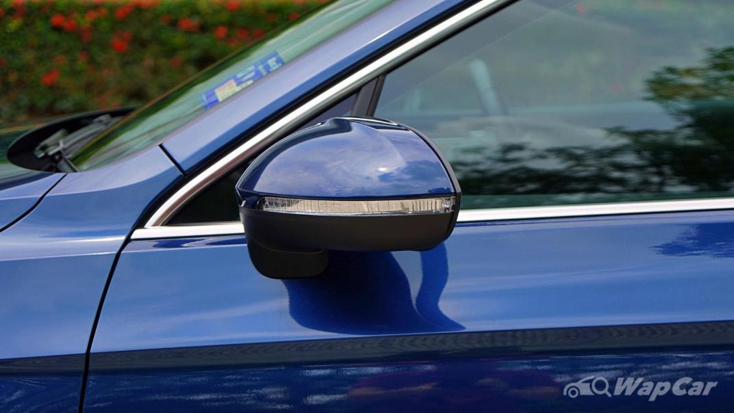 2020 Volkswagen Passat 2.0TSI Elegance Exterior 015