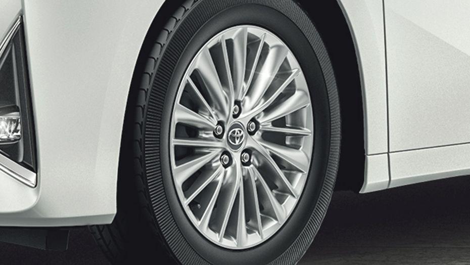 Toyota Alphard (2018) Exterior 009