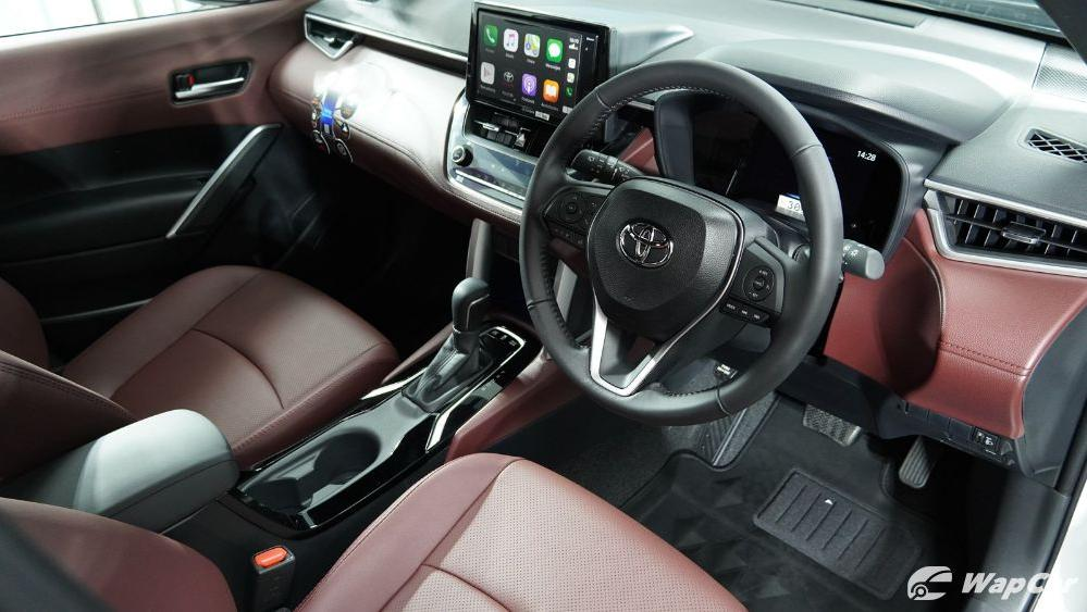 2020 Toyota Corolla Cross Interior 003