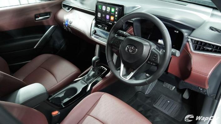 2020 Toyota Corolla Cross Interior 003