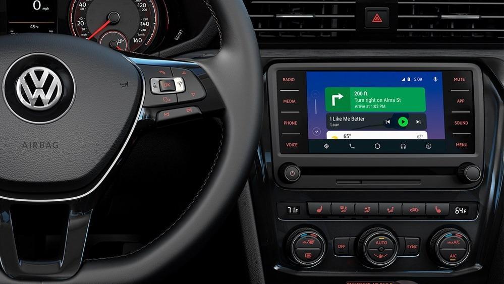 2020 Volkswagen Passat Interior 004