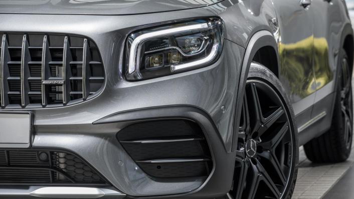 2020 Mercedes-AMG GLB 35 4MATIC Exterior 009