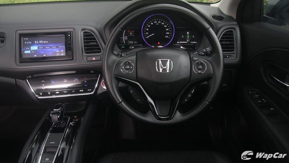 2019 Honda HR-V 1.5 Hybrid Interior 050