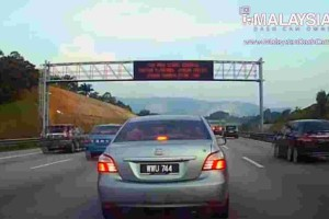 Compilation of clueless drivers will make you go WTF!