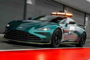 Aston Martin Vantage takes on Formula 1 Safety Car duties!