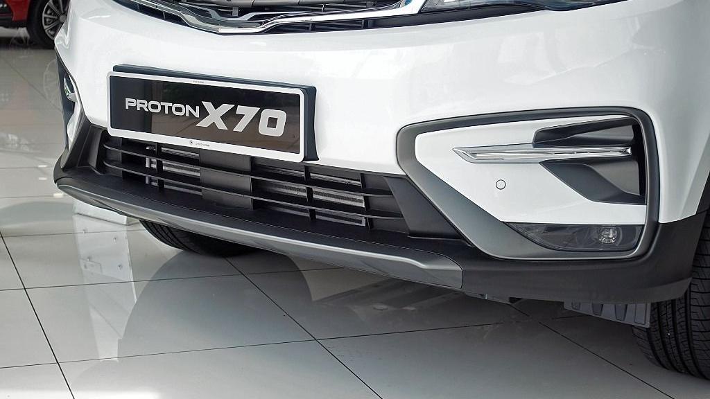 2018 Proton X70 1.8 TGDI Executive AWD Exterior 013