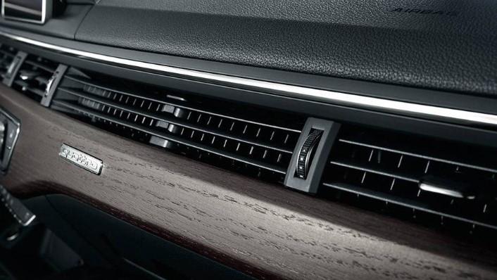Audi A4 (2019) Interior 008