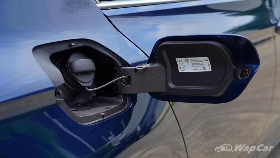 2020 Volkswagen Passat 2.0TSI Elegance Exterior 060