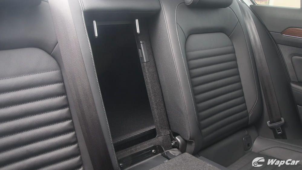 2018 Volkswagen Passat 2.0 TSI Highline Interior 045