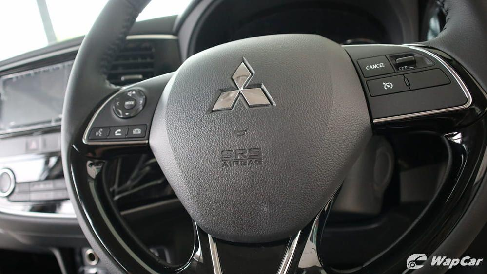 2018 Mitsubishi Outlander 2.0 CVT (CKD) Interior 007