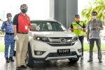 Honda Malaysia donates a Honda BR-V to the Melaka Covid-19 quarantine centre staff