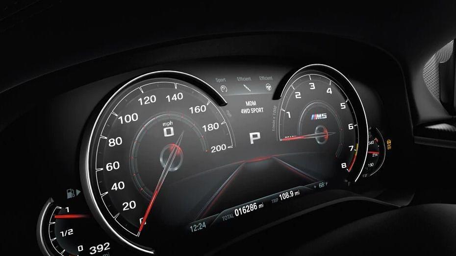 BMW M5 (2019) Interior 004