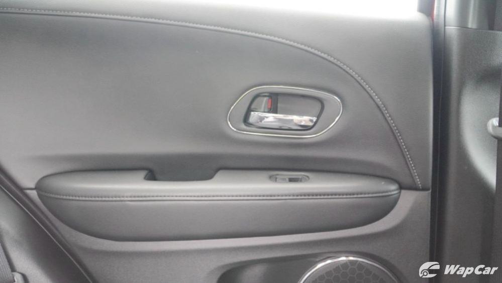2019 Honda HR-V 1.8 RS Interior 044