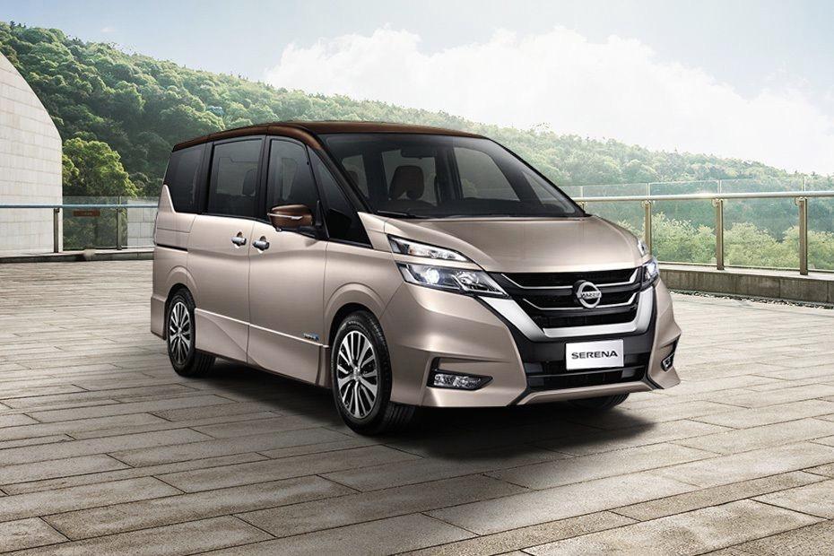 Star MPV Nissan Serena 2.0 s-hybrid MPV Review 02
