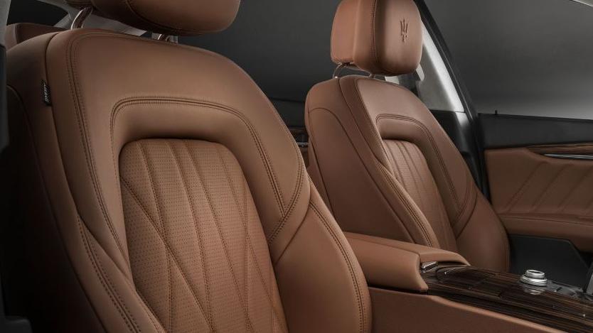 Maserati Quattroporte (2019) Interior 012