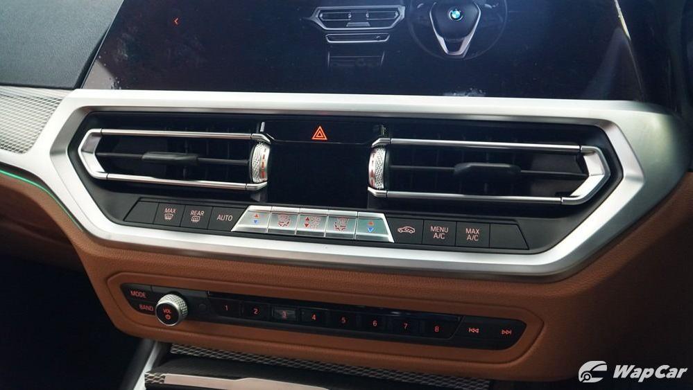 2019 BMW 3 Series 330i M Sport Interior 020