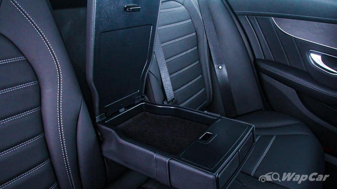 2018 Mercedes-Benz C-Class C 300 AMG Line Interior 042