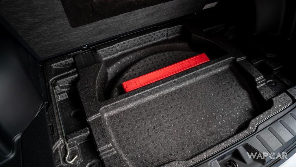 Subaru Forester (2019) Interior 030